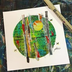 Mixed media circle using round Gelli® printing plates by Tori Weyers - aka @drawriot