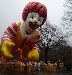 Macy's+hot+air+balloons+images | the 81st annual macy s thanksgiving day parade in new york city link ...