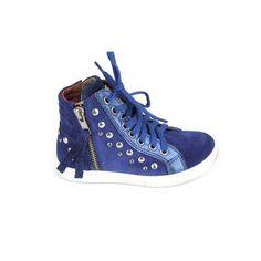 Firsse kobalt blauwe sneakers van Red Rag, model 4702! Aan de binnenkant van deze meiden schoenen een rits om de schoen te sluiten, dit naas...