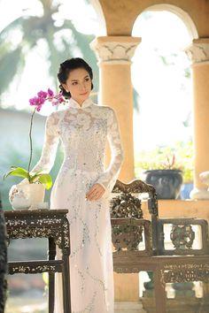 Miss Kim Phượng rạng rỡ cùng áo dài bốn mùa -1