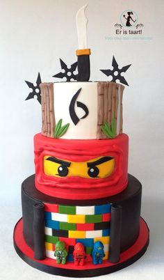 Lego Ninjago cake - cake by Wilma Olivier - CakesDecor Bolo Ninjago, Bolo Lego, Lego Ninjago Cake, Ninjago Party, Superhero Cake, Cake Lego, Ninja Birthday Parties, Ninja Birthday Cake, 7th Birthday