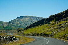 Die schöne Landschaft im Westen Islands ist ein Besuch wert