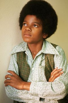 """Michael Jackson by Henry Diltz "" Michael Jackson Photoshoot, Young Michael Jackson, Michael Jackson Wallpaper, The Jackson Five, Jackson Family, Jackie Jackson, Henry Diltz, King Of Music, The Jacksons"