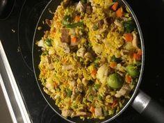 Ryż smażony po kantońsku - Poezja smaku Fried Rice, Fries, Food And Drink, Ethnic Recipes, Nasi Goreng, Stir Fry Rice