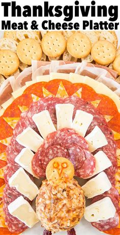 This adorable meat & cheese tray that looks like a turkey is the perfect Thanksg. This adorable meat & cheese tray that looks like a turkey is the perfect Thanksgiving appetizer. Meat Appetizers, Thanksgiving Appetizers, Thanksgiving Turkey, Thanksgiving Recipes, Appetizer Recipes, Thanksgiving Platter, Thanksgiving Greetings, Fun Recipes, Meat Recipes