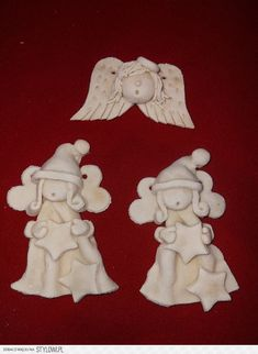 Anioly masa solna na Stylowi.pl Diy Christmas Angel Ornaments, Homemade Christmas Decorations, Polymer Clay Christmas, Christmas Angels, Christmas Crafts, Cosy Christmas, Polymer Clay Ornaments, Polymer Clay Figures, Clay Art Projects