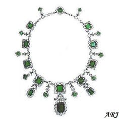 Italian Royal Jewels: Princess Helene of Orleans' Emerald Necklace