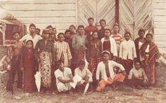 Javanen in diaspora | Onderzoek. Klik op foto om op website te komen voor meer info.