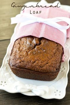 The World's Most Delicious Gingerbread Loaf Soft, moist, molasses quick bread is perfectly seasoned with ginger and nutmeg. Gingerbread Loaf gives that classic holiday flavor that you love! Holiday Bread, Christmas Bread, Christmas Cooking, Holiday Baking, Christmas Desserts, Italian Christmas, Gingerbread Loaf Recipe, Gingerbread Cake, Gingerbread Houses
