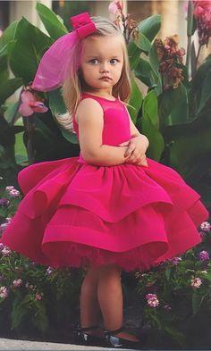 Tired Skirt Short Ball Gown Flower Girl #FlowerGirlDress #flowergirl #bridal #cute  #specialoccasiongirls #disneyland #disneprincess #disney #sofiathefirst #princessofia   #weddingtips #weddingideas #flowergirl #ceremony #flowers #weddingflowers #flowergirls #kids #adorable #weddingplanner #villarusso #queens #queensvenue