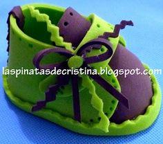 Las Piñatas de Cristina  ZAPATITOS DE FOAMI O GOMA EVA Zapatos De Foami b744d7448f449