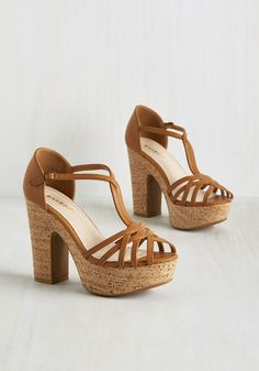 striated faux-cork heels