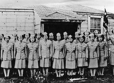 :: Squadron of Nisei Women's Army Corps (WACs), c. 1941-1945 ~ :: Hadn't know about them... (Nisei are American-born to Japanese immigrant parents.)