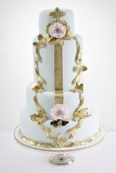 Victoria Made cake via Roses & Lace on pinterest