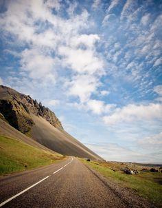 Icelandic roads (by Chris Zielecki)