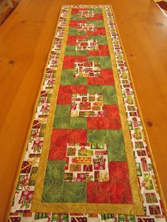 Christmas Table Runner Christmas Presents by PatchworkMountain