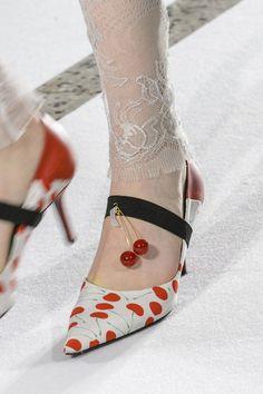Mila Schön at Milan Fashion Week Fall 2017 - Details Runway Photos