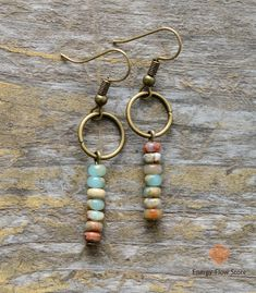 Women's Earrings Vintage Natural Stone Dangle Earrings - Bohemian Jewelry Bohemian Jewelry, Wire Jewelry, Jewelry Crafts, Jewelery, Jewelry Ideas, Bohemian Fashion, Jewelry Trends, Bohemian Accessories, Jewelry Stand