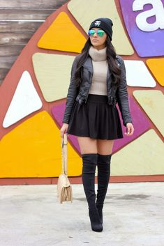 Edge + sophistication, this stylista shows us how to rock both and still look glam.