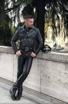 Men's trendy jackets can be a vital part of every single man's clothing collection. Men will need jackets for several circumstances and several weather conditions. Men's Jacket Ideas. Leather Fashion, Leather Men, Leather Boots, Black Leather Jackets, Biker Fashion, Men Boots, Mens Fashion, Tight Leather Pants, Leder Outfits