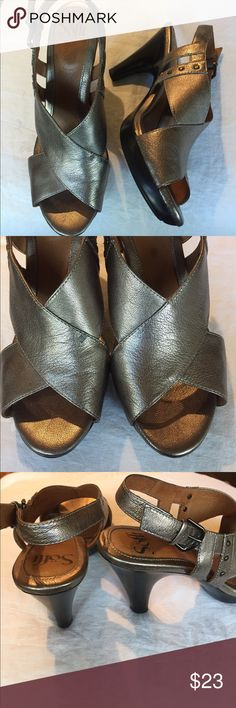 Soft gold lame open- toed heel 3 1/2 in heel, dull gold leather open toed shoe. Beautiful on and very comfortable. Gently worn with a few marks on heels as shown in photos. Non slip sole Soft Shoes