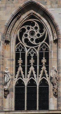 stilarhitekturi: Готические окна