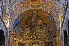 Pisa, Piazza dei Miracoli, Cattedrale Santa Maria Assunta. Apsismosaik, Thronender Christus mit Maria und Johannes (Cathedral, apse mosaic, Christ Enthroned with Mary and St. John) | da HEN-Magonza