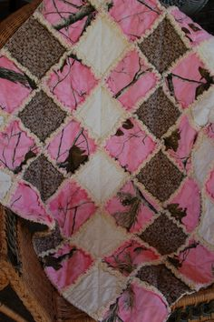 Pink Realtree Camo Rag Quilt Cotton Flannel Girl via Etsy My Baby Girl, Baby Love, Daddys Girl, Camo Quilt, Ruffle Quilt, Sewing Crafts, Diy Crafts, Sewing Projects, Bathrooms