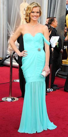 Missi Pyle  I love that it's an eco-friendly dress, and it looks incredible, but the color is a little blinding, and the little brooch is strange..