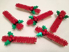 6 CHRISTMAS decorated clothes pins-red w/green leaves & holly berries $3.00 #CraftStuffDepot