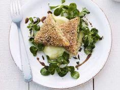Probieren Sie die leckeren knackigen Ecken von Eat Smarter oder eines unserer anderen gesunden Rezepte!