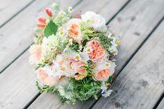 #brautstrauß #bouquet Eine Boho Hochzeit mit Kupfer und Koralle   Hochzeitsblog - The Little Wedding Corner