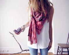 Relaxed look in a summer scarf - www.wearelse.com - #fashion #accessories