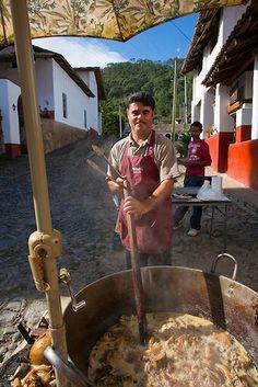 Cooking chicharon, San Sebastian del Oeste, Mining town near Puerto Vallarta, Jalisco, Mexico | Douglas Peebles