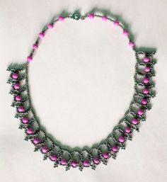 Free pattern for necklace Lada Click on link to get pattern - http://beadsmagic.com/?p=4450