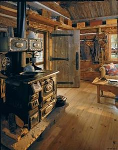 .I would love to have a cabin like this.
