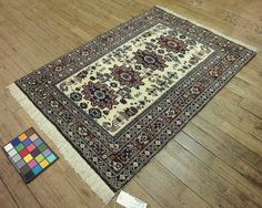 4x5 Persian Ardebil Vintage Hand-Knotted Rug by VintageRugsCarpets