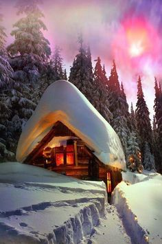 Alpine cabin in the snow…