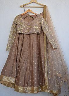 Call/Whatsapp: 7802885280 Customize Your Bridal Outfits at Kinas Designer. Latest Bridal Lehenga, Designer Bridal Lehenga, Pakistani Bridal Wear, Bridal Lehenga Choli, Indian Lehenga, Pakistani Dress Design, Designer Sarees, Designer Wear, Designer Dresses
