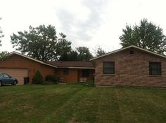 Affordable #Condos for sale in #Illinois  Price:  $149,000  MLS#:  8120850  Address:  347 Blackhawk Drive  CAROL STREAM, IL 60188  Property Type:  House  House Type: 1 Story  Bedrooms: 4  Full Bathrooms: 2  Half Bathrooms: 0