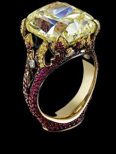 Jewellery Theatre: Jewellery rings