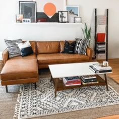 Outstanding small living room designs are readily available on our internet site. Read more and you will not be sorry you did. Boho Living Room, Cozy Living Rooms, Apartment Living, Living Room Decor, Dining Rooms, Brown Leather Couch Living Room, Light Brown Couch, Brown Couch Decor, Living Furniture