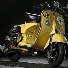 Scooters & other cool things.but, to be honest, mainly Scooters - Vespa - Motorrad Scooters Vespa, Motos Vespa, Vespa Bike, Moto Scooter, Piaggio Vespa, Lambretta Scooter, Scooter Parts, Vintage Vespa, Triumph Motorcycles