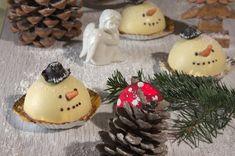 Schneemann Dessert mit Lebkuchenmousse und Glühweinkern von Experimentelle Cuisine für den Sugarprincess Christmas Cookie Club 2017. Foodblogger Adventskalender mit großem Gewinnspiel.
