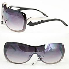 @Overstock - These bold rimless sunglasses feature a black metal frame with two-tone cutout temples and purple gradient lenses. Adjustable nose pads and UV400 protection complete these stylish sunglasses.http://www.overstock.com/Clothing-Shoes/Womens-M9203-Black-Metal-Rimless-Sunglasses/5811257/product.html?CID=214117 $17.49