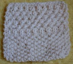 What's the Difference Between Seed Stitch and Moss Stitch?: Reading Knitting Patterns