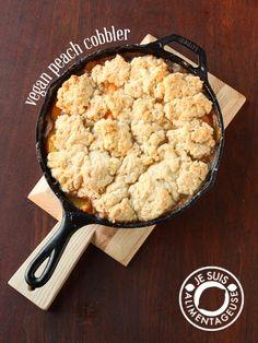 Vegan Peach Cobbler | alimentageuse.com