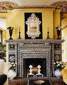 Interior Designer Marian McEvoy at Home. Love with the shell themed decor of former editor of Elle Decor Magazine Marian McEvoy's home. Fireplace Surrounds, Fireplace Design, Fireplace Mantels, Fireplaces, Mantles, Fireplace Ideas, Mosaic Tile Fireplace, Gun Decor, Elle Decor Magazine