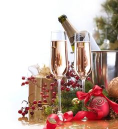Holiday drinks champagne cheer 61 Ideas for 2019 Christmas Party Games For Kids, Kids Christmas, Vintage Christmas, Merry Christmas, Holiday Drinks, Holiday Fun, Happy Winter Solstice, Best Holiday Cookies, Birthday Wishes Quotes