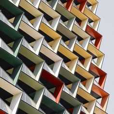 Colorful Facade: Color is a quick source to catch the immediate attention.